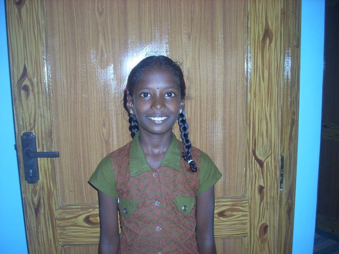 Athiswari Get A New Dress Athiswari Is The Indian Girl